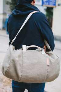یک کیف ورزشی