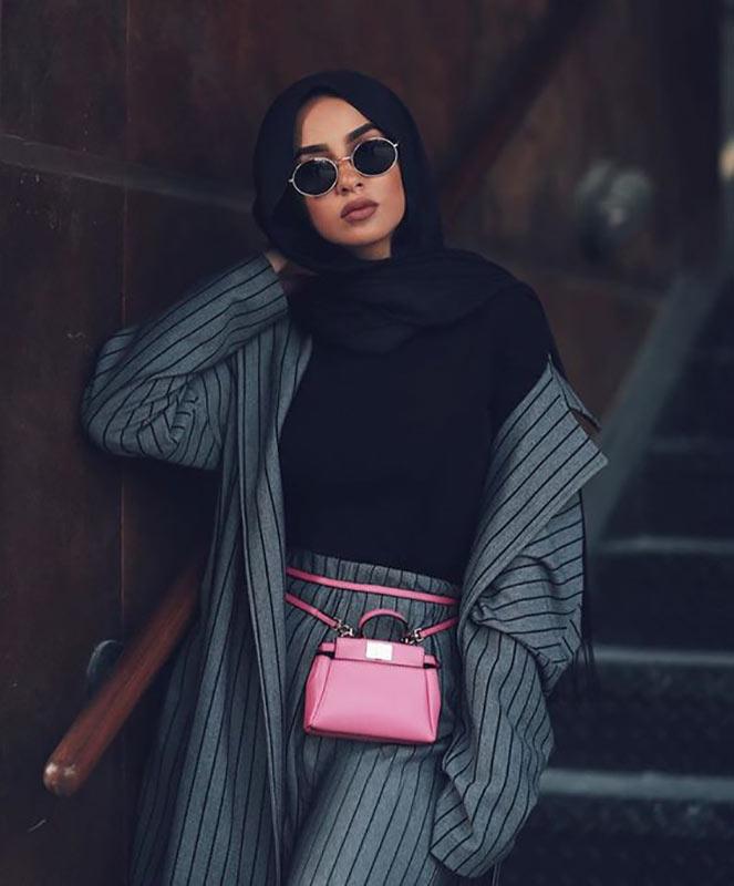 یک خانم خوشتیپ و جذاب با حجاب