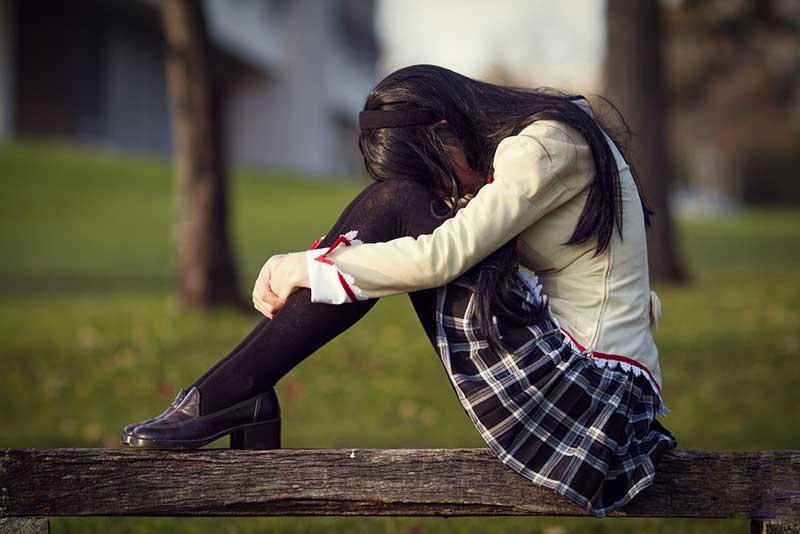 یک دختر ناراحت