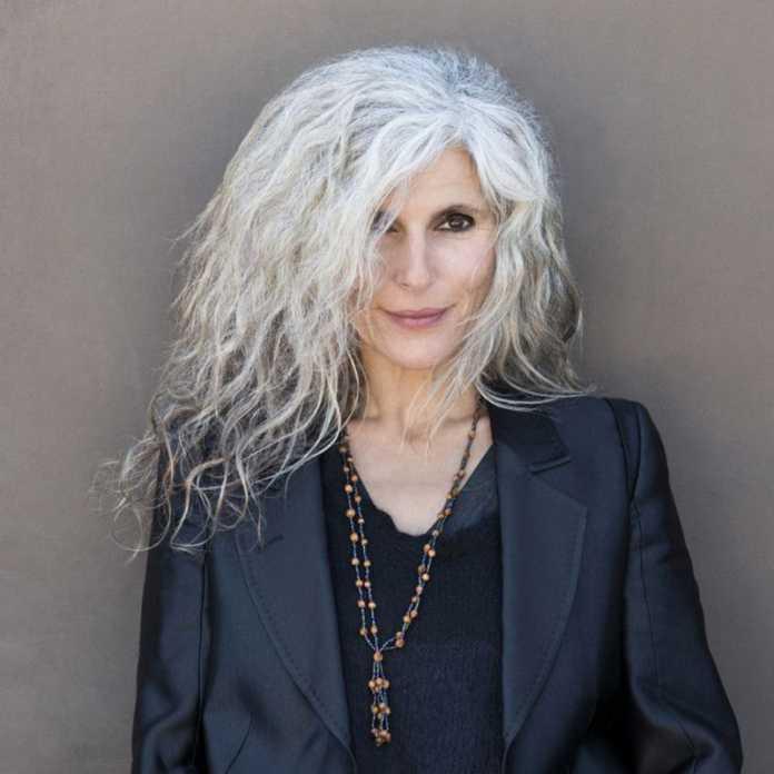 سفیدی مو به چه علت رخ می دهد