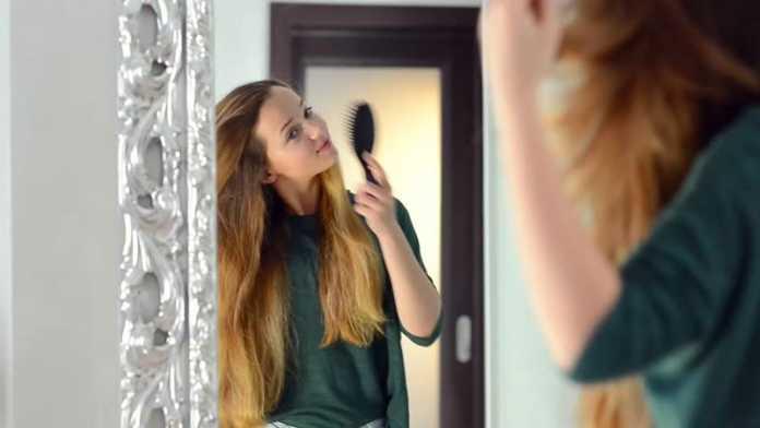 نحوه برس کشیدن مو ها - اشتباهات رایج در شانه کردن مو ها