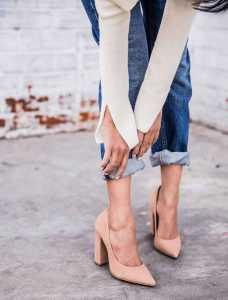 کفش پاشنه بلند صورتی با شلوارجین
