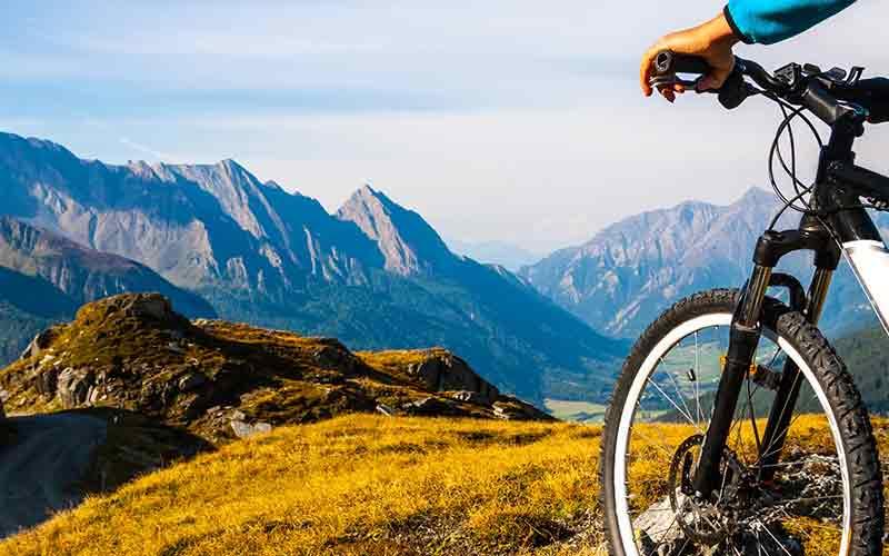 دوچرخه سواری در طبیعت و سبک زندگی سالم