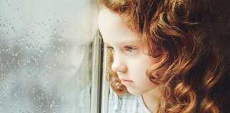 چگونه ترس از مدرسه یا از دیگر بچه ها را در کودک خود از بین ببریم؟