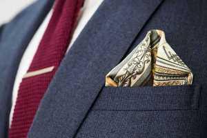 تای دستمال جیب کت مردانه به شکل پفی