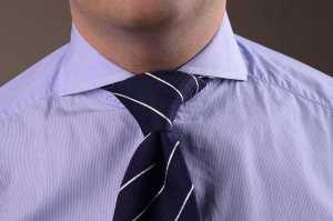 گره کراوات به روش هاف وینزور