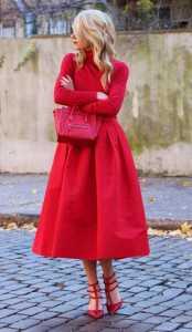 استایل سر تا پا قرمز یک خانم برای ولنتاین