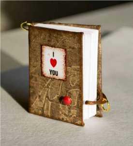 یک دفترچه یادداشت مینیاتوری برای ولنتاین