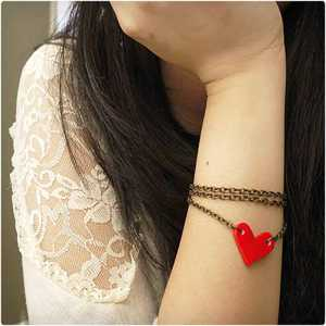 دستبند قلب شکل برای ولنتاین