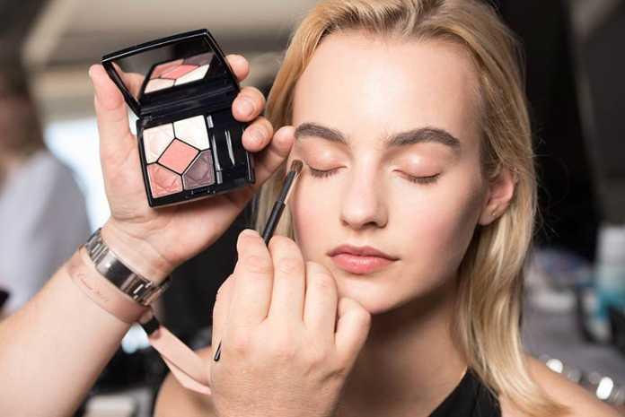 معرفی ترفندهای آرایش 2018 برای خانم ها