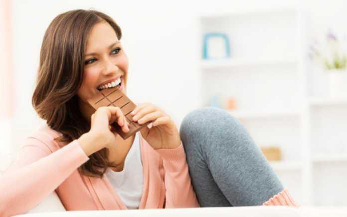 بررسی خواص و فواید شکلات تلخ در لاغری و کاهش وزن و اینکه آیا شکلات تلخ چربی سوزی است یا خیر