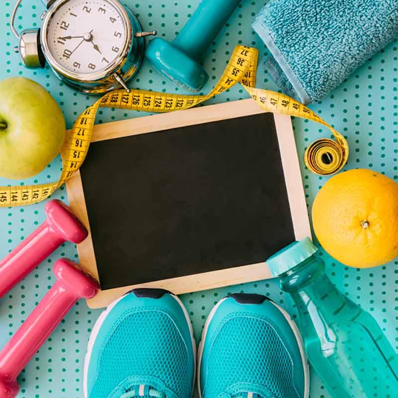 کفش و متر و ساعت و سیب و تبلت