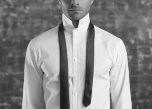 کراوات باریک را آماده کنید