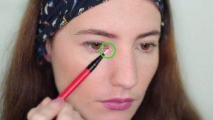 استفاده از سایه در گوشه چشم