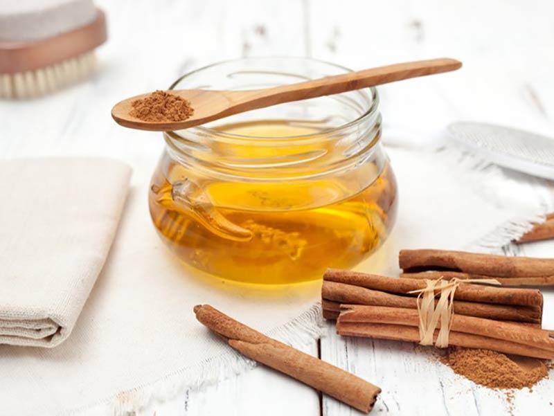 استفاده از عسل برای درست کردن ماسک