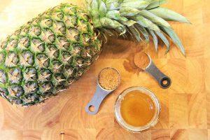 ماسک لایه بردار آناناس و عسل برتی درمان جوش