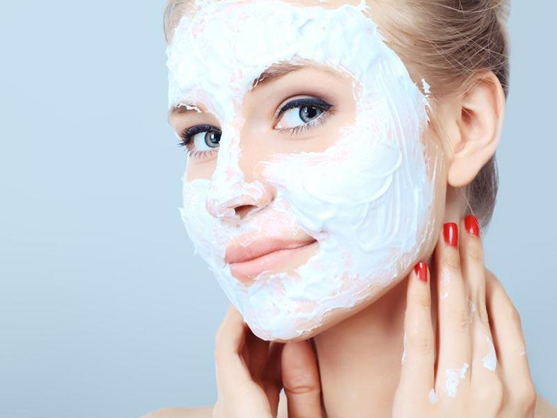 استفاده از ماسک خانگی صورت برای سلامت پوست