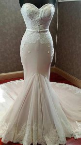 لباس عروس مدل ماهی برای اندام ساعت شنی