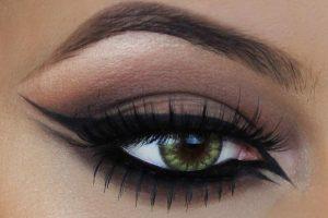 مدل آرایش چشم اسموکی با خط چشم