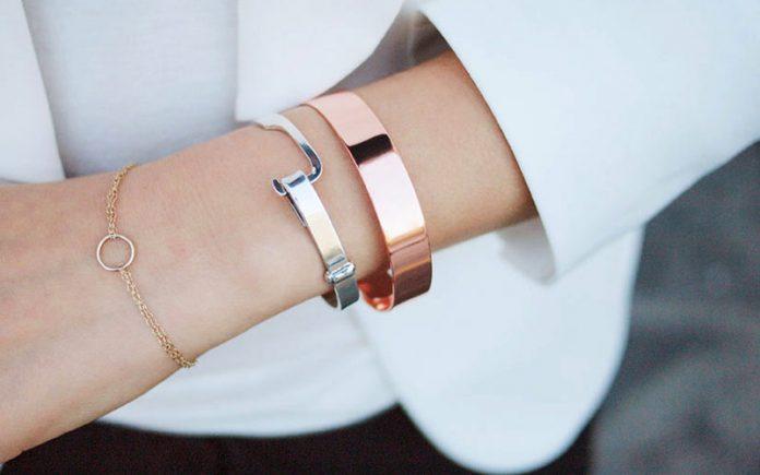 چند روش برای تمیز کردن جواهرات ، طلا و نقره در خانه