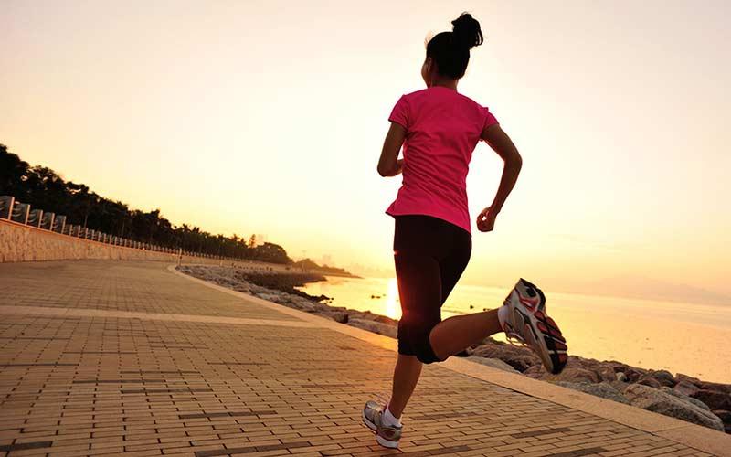تمرینات ورزشی و دویدن برای کاهش وزن