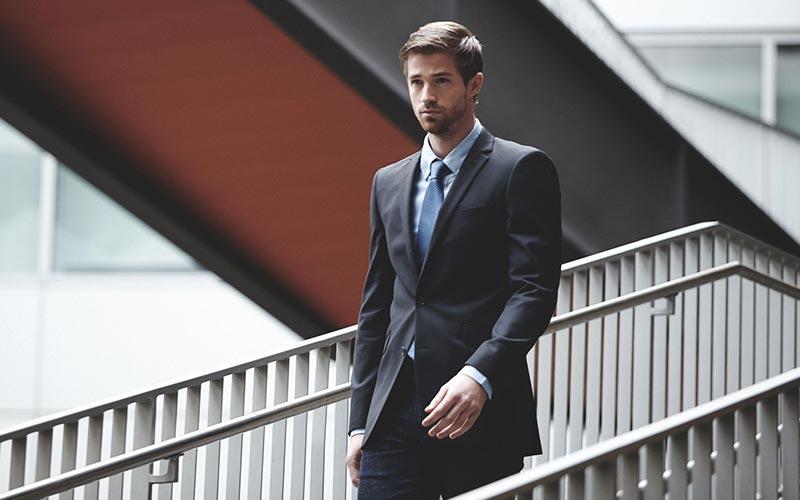 راه رفتن و وقار یک جنتلمن