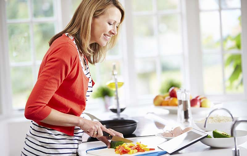 آشپزی با مواد غذایی رژیمی در سبک زندگی سالم