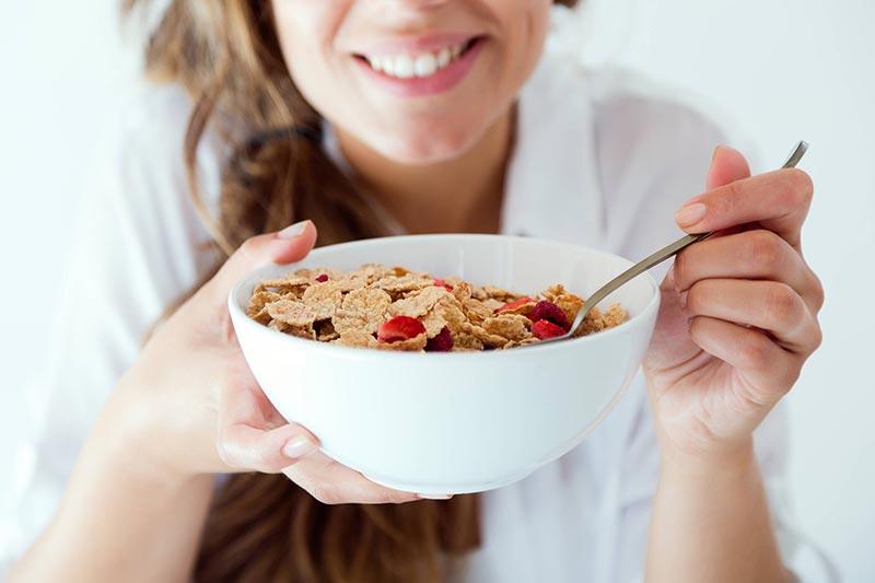خوردن غلات کامل برای لاغری در یک ماه