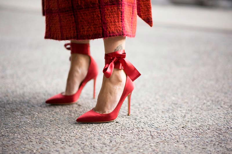 کفش پاشنه بلند قرمز