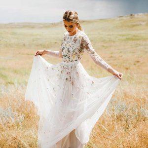 لباس عروس با دامن A شکل