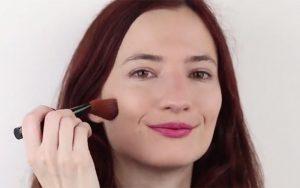 تثبیت کردن آرایش صورت
