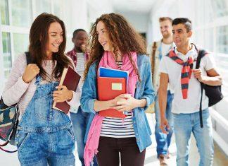 چگونه در دانشگاه جذاب باشیم؟ روش های جذاب شدن دخترها در دانشگاه