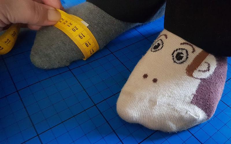 اندازه گیری پا برای انتخاب سایز مناسب کفش