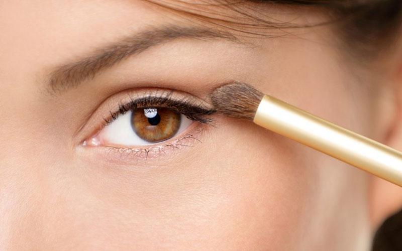 آموزش کامل آرایش چشم ریز