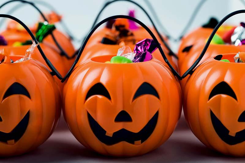 شکلات درون کدوتنبل برای هالووین