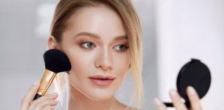 آموزش روش گام به گام پوشاندن جوش صورت با آرایش