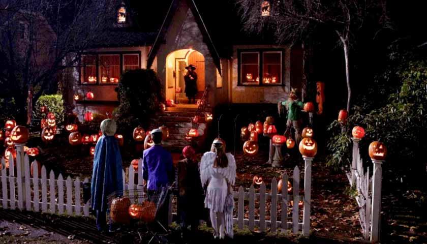 مراسم قاشق زنی در شب هالووین