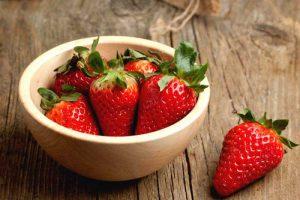 ماسک ساده توت فرنگی