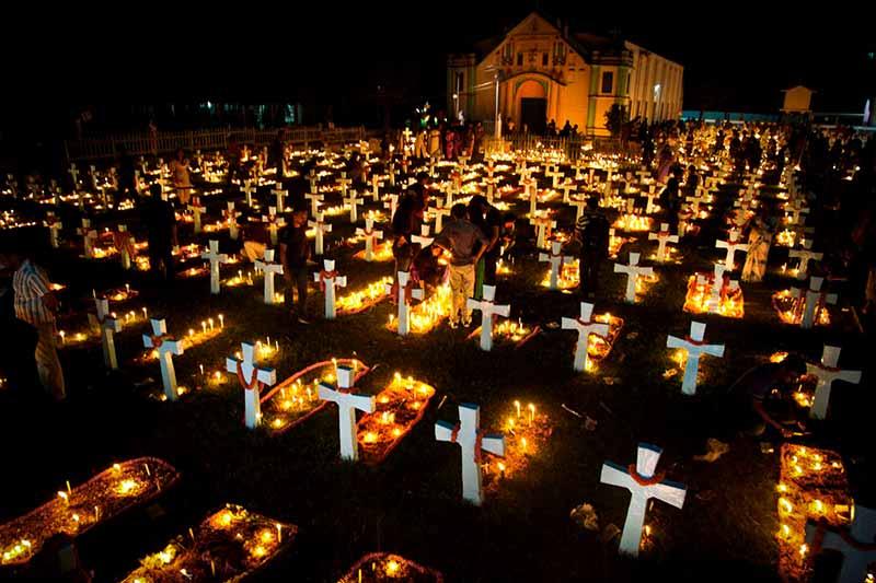 هالووین در قبرستان های مسیحیان
