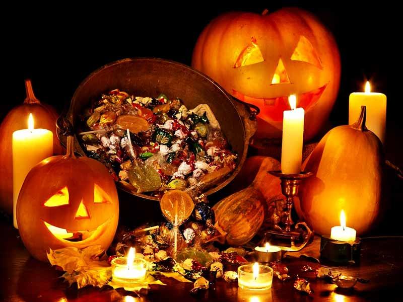 کدوتنبل و شکلات در مراسم هالووین