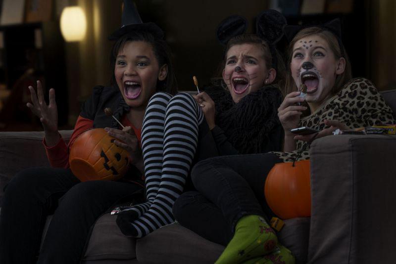 دیدن فیلم ترسناک در هالووین