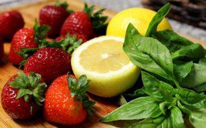 لیمو و توت فرنگی