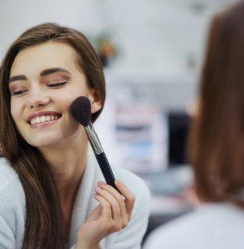 نکاتی در مورد اینکه چگونه طبیعی آرایش کنیم؟ بررسی تمامی روش های یک آرایش صورت طبیعی