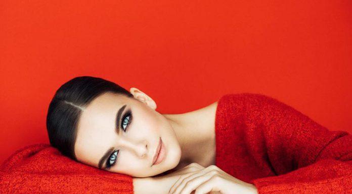 نکاتی برای اینکه چگونه با لباس قرمز آرایش کنیم؟ و چند مدل آرایش مناسب لباس قرمز
