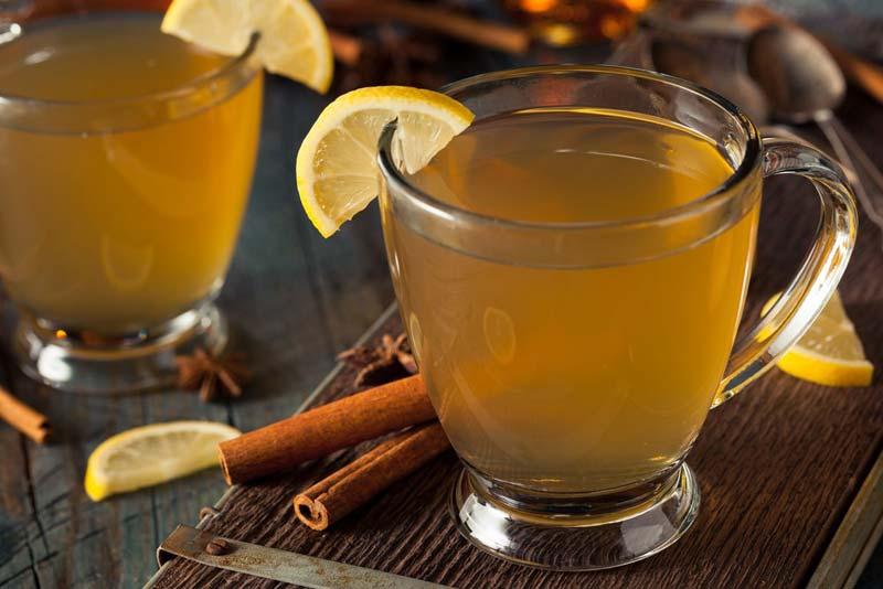 دمنوش لیمو و چوب دارچین