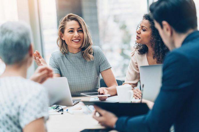 نکاتی برا اینکه چگونه در محیط کار برخورد کنیم؟ به همراه روش های نحوه برخورد با همکاران در محیط کار