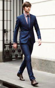 استایل رسمی مردانه با کت و شلوار جذب سورمه ای