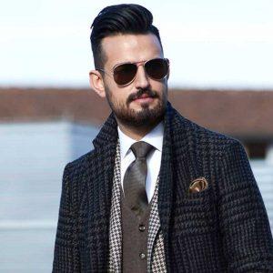 مدل موی کوئیف مردانه با ریش و عینک آفتابی