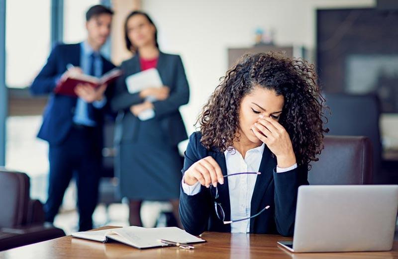 غیبت کردن در محیط کار