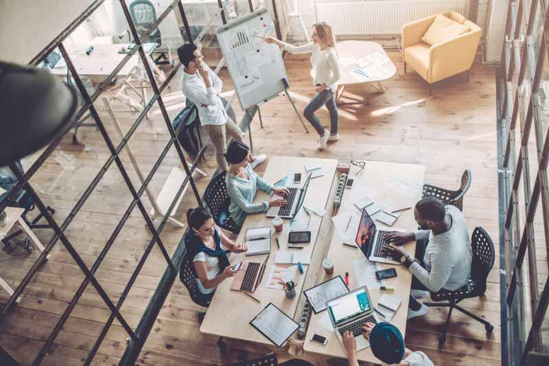 کار تیمی و گروهی در محیط کار